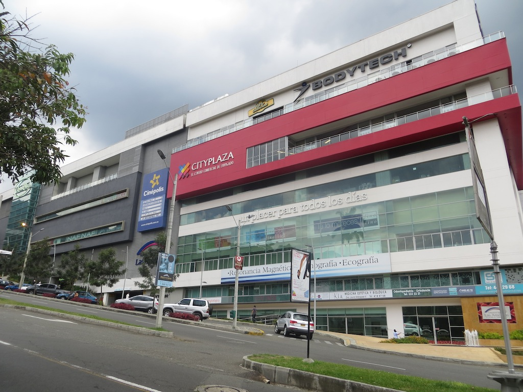 Centro Comercial City Plaza, Envigado's only modern mall