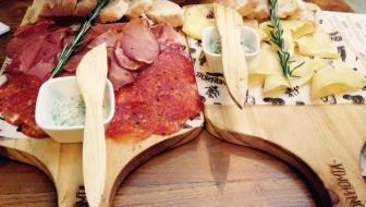 Bonhomía Salumería: Cheeses, Cured Meats and Sangria