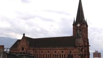 Iglesia del Sagrado Corazón de Jesús: A Gothic Church in Barrio Triste
