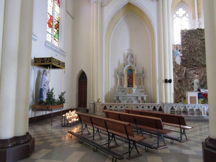 Inside Iglesia Nuestra Señora del Perpetuo Socorro