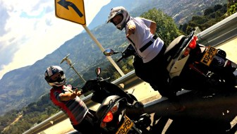 Medellín Scooter Rentals: Getting Around Town Easily