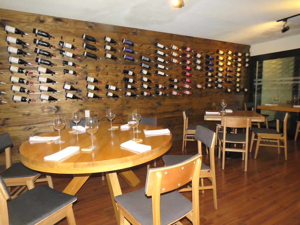 Inside Restaurante Barcal