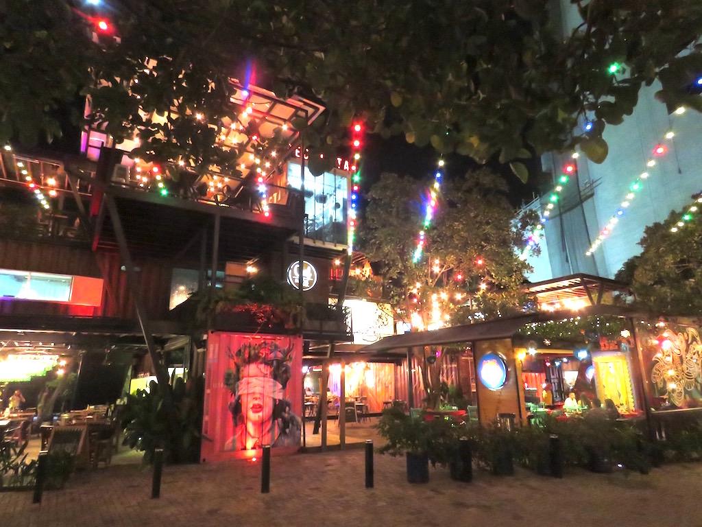 Contenedores Food Place in Envigado