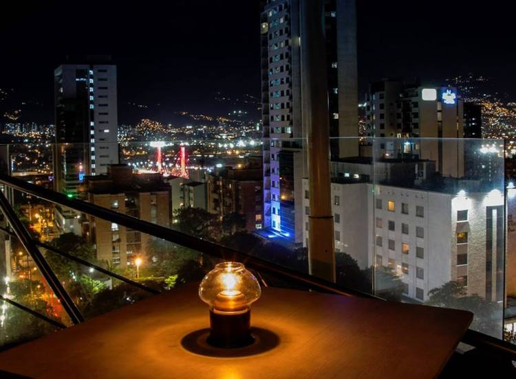 The view from Delaire, photo courtesy of Delaire Sky Lounge