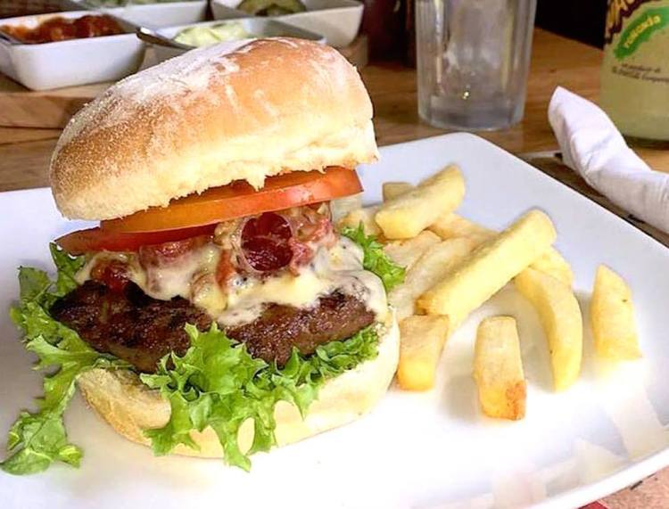 Burger at Fellini, photo courtesy of Fellini