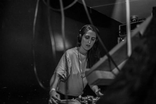 Escucha: Helena Hauff - The Bean Field And The Gods