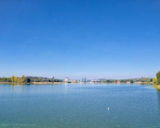 Cloudless morning over Lake Ginninderra
