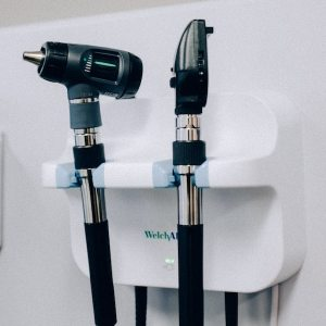 Otoscope and ophthalmoscope