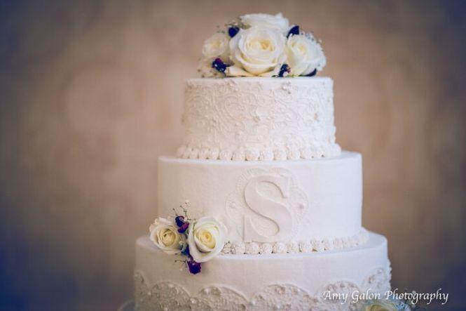 Cakes Desserts Vendor Categories Today 39 S Bride Your Northeast Ohio Wedding Resource