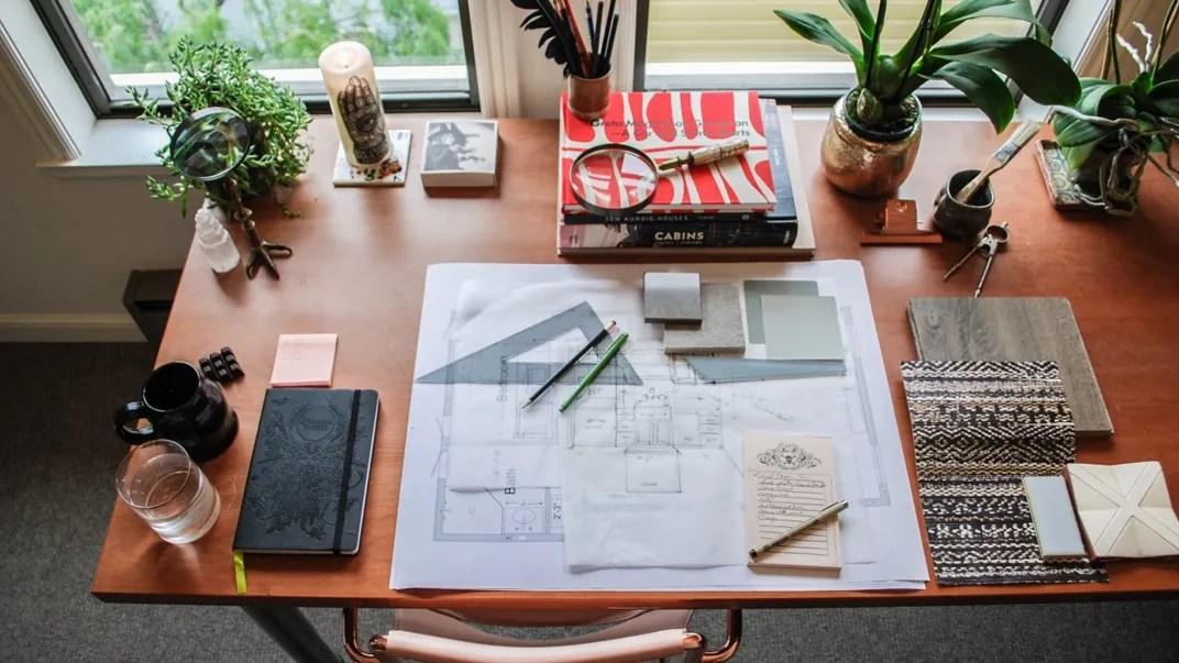 Il corso è strutturato in 10 sezioni, più una introduttiva, ognuna composta da: Adstayathome I Corsi Di Design Da Seguire Online Architectural Digest Italia
