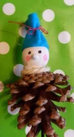 PINE CONE DECORATIONS On Pinterest 984 Pins
