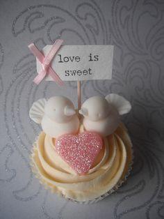 Love Bird cupcakes