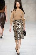 Burberry Prorsum Knitwear in camel, leopard skirt catwalk