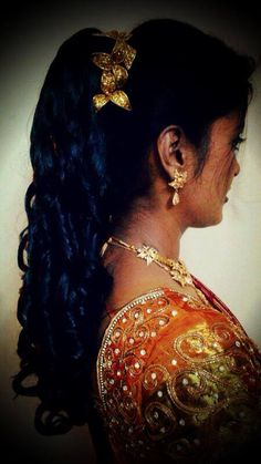south indian bridal reception hairstyle hair bun with orchids wedding ideas pinterest