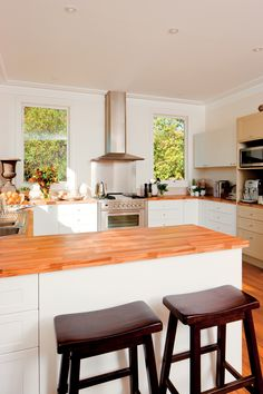 kaboodle kitchens with space on pinterest on small kaboodle kitchen ideas id=75744