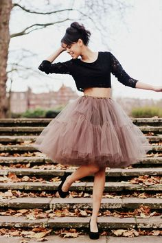 full tulle skirt! don't know if/when i would ever wear this, but i still want it