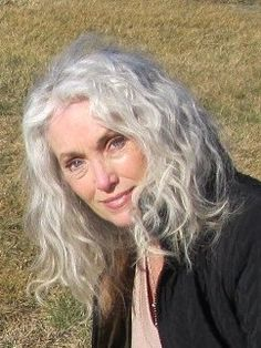 gray hair on pinterest aging gracefully gray hair and silver hair
