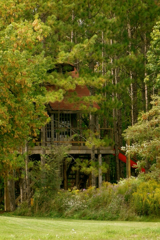 7 Amazing Houses Built Into Nature: A Gathering For Kindred Souls