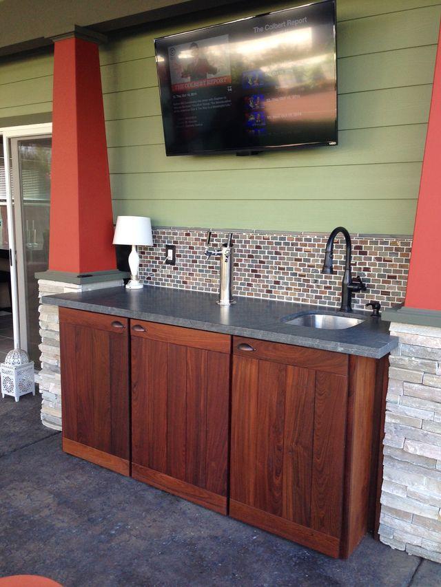 dbccc4f223fbda745f7062f0ffc953d5 jpg 640 853 pixels home outdoor kegerator bars for home on outdoor kitchen kegerator id=20293