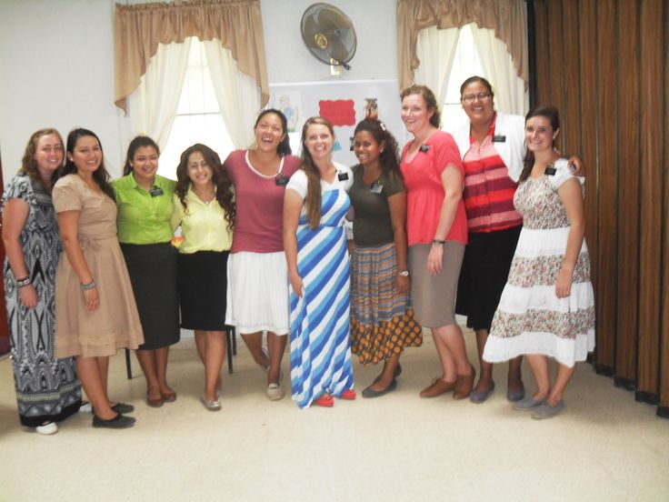 Farewell for Hermanas Mills and Vroom