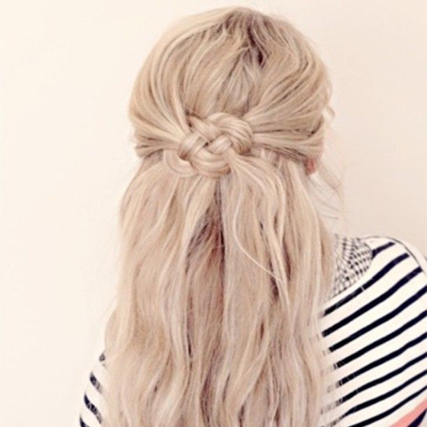 Knoted half updo