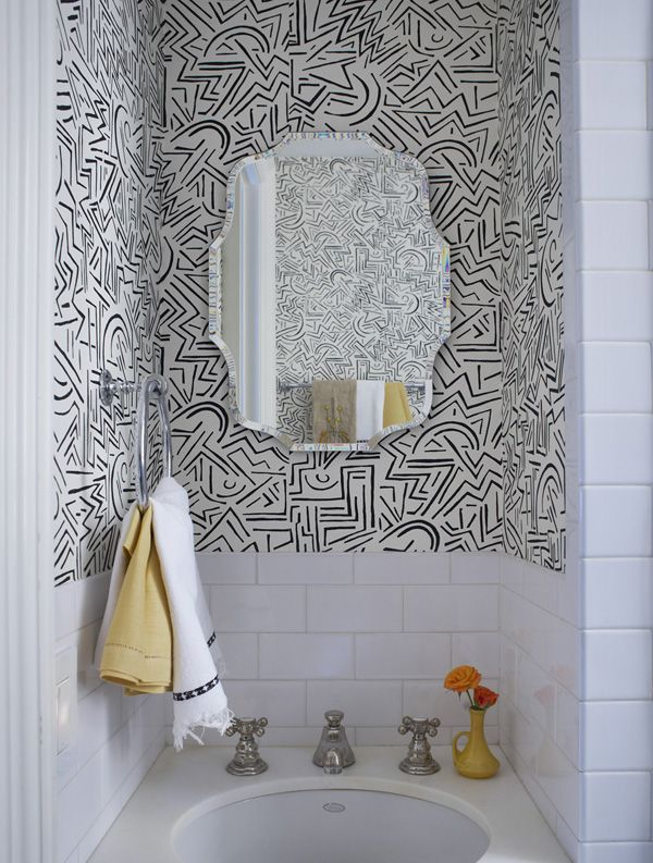 bold bathroom wallpaper