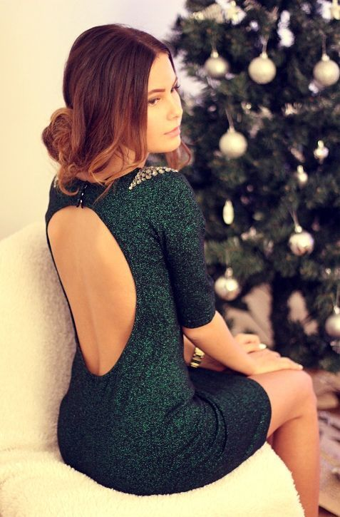18 Perfectly Chic New Year's Eve Party Dresses