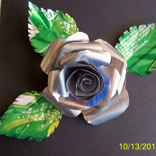 Make Roses From Soda pop cans