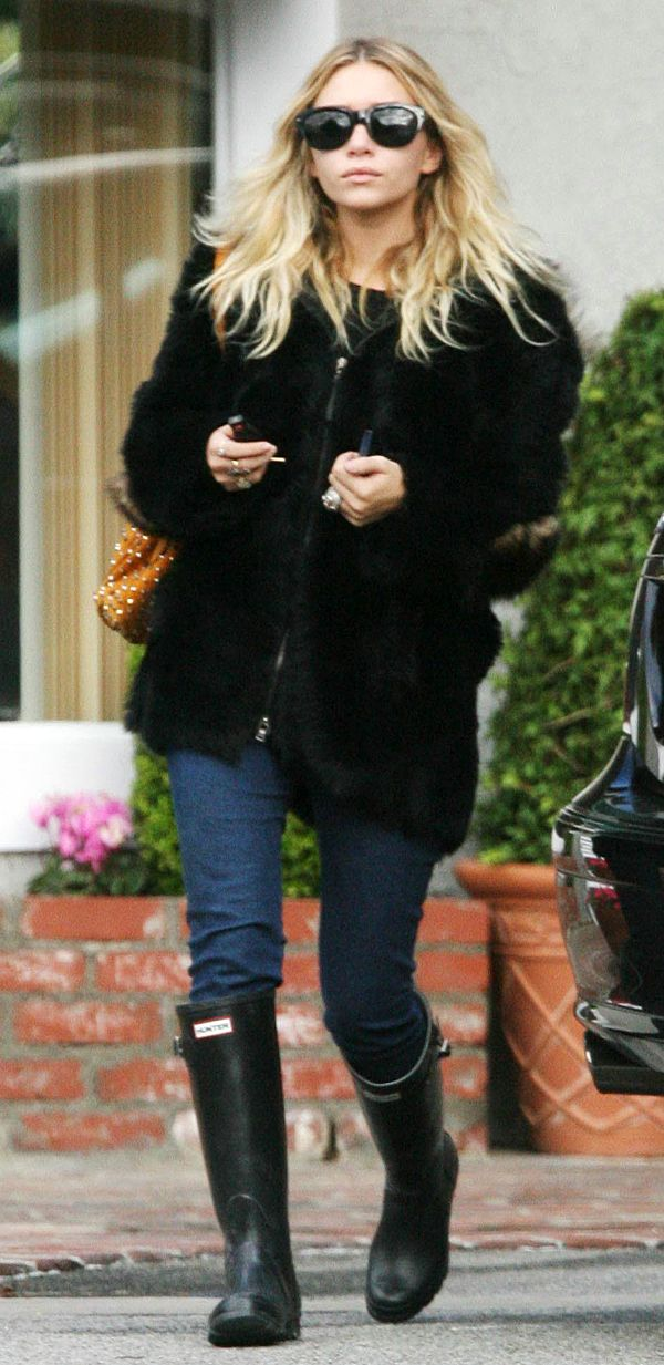 Ashley Olsen wearing Original Tall in black.