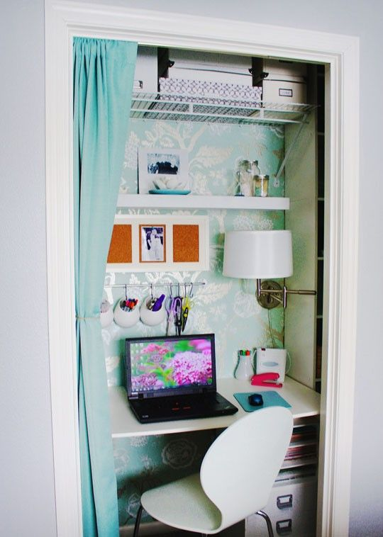 closet nook: compact, organized, completely cute, and the perfect use of space!