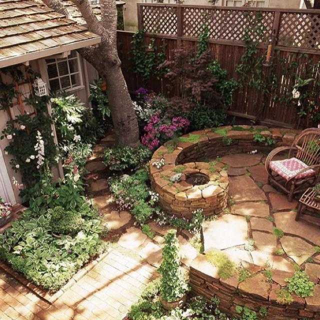 Cute patio!!! | For the Home | Pinterest on Cute Small Backyard Ideas id=11713