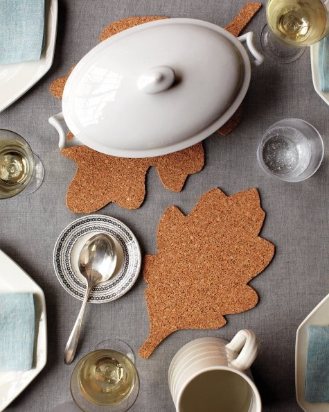 Cork leaf trivets