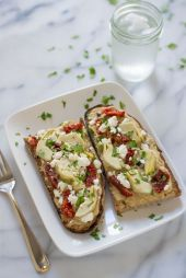 Sundried Tomato, Artichoke and Hummus Tartines. This is my go-to lunch. Fast, healthy, and absolutely delicious!