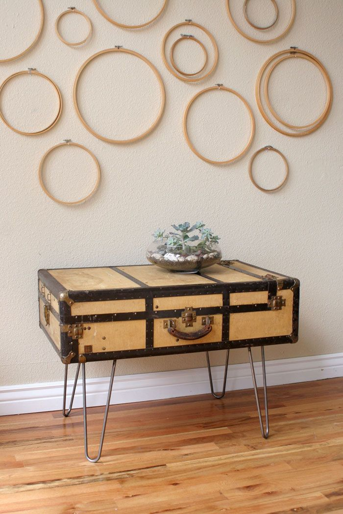 nice idea, love the wood hoops on the wall too