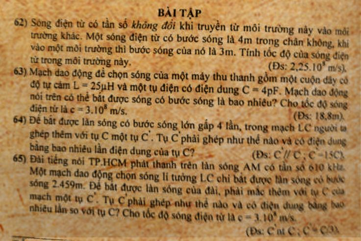 VL12C4B23-Nguyen-tac-thong-tin-lien-lac-bang-song-vo-tuyen_04