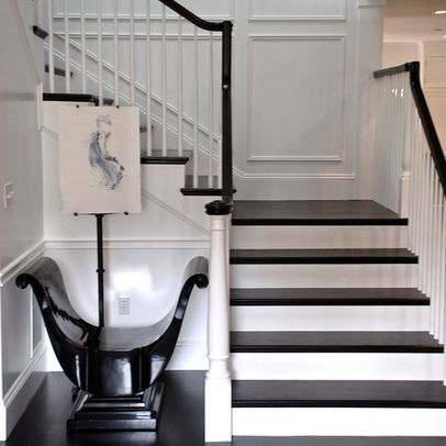 Traditional Home staircases Design Ideas, Pictures, Remodel and Decor