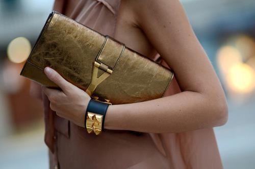 YSL CLUTHES IN #StreetStyle