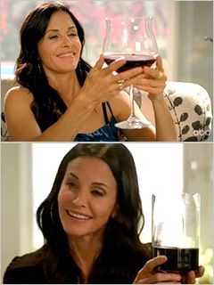 I want a wine glass like Jules! This is the size wine glasses should really be.
