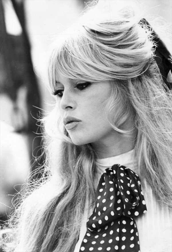 Brigitte Anne-Marie Bardot (born 28 September 1934) is a French former actress, singer and fashion model, now an animal rights activist. She was one of the best known sex symbols of the 1950s and '60s. Starting in 1969, Bardot's features became the official face of Marianne (who had previously been anonymous) to represent the liberty of France.