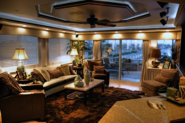 Pin By Chris Cantrelle On Houseboats