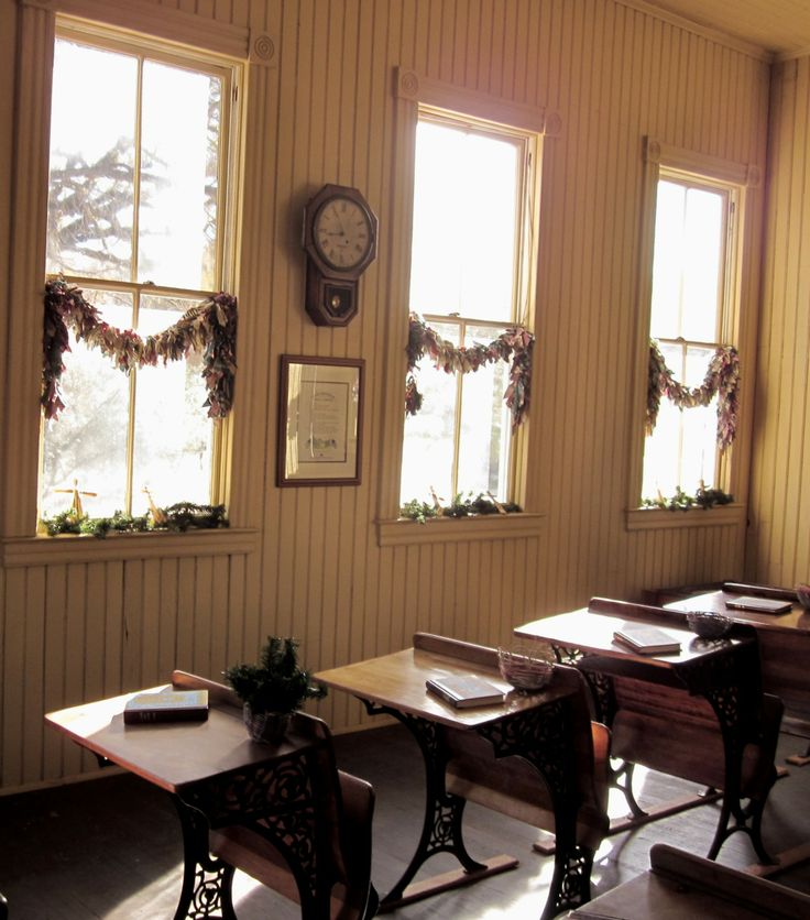 1800's schoolroom decorated for Christmas