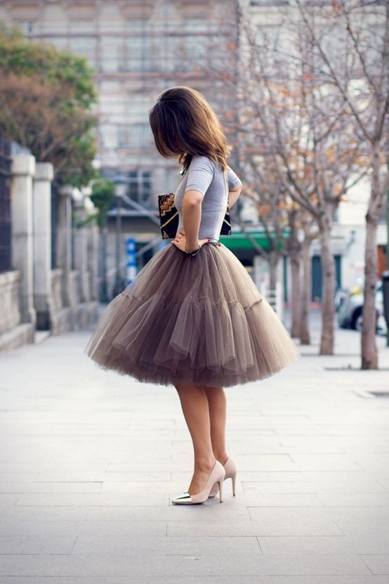 a tulle skirt and simple tee is perfect for those after work holiday parties