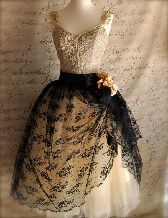 Beautifully different...perfect for a steampunk wedding.  Mlle. Chantilly lace tulle skirt. Black lace over champagne tulle.
