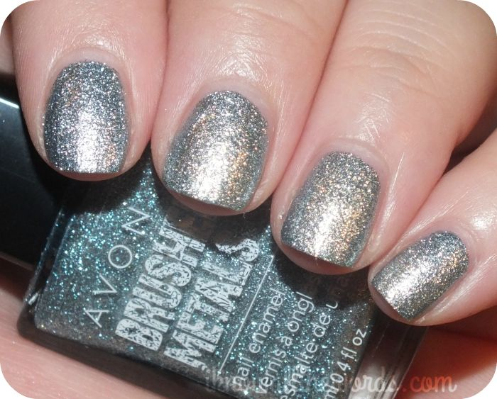 Avon Brushed Metals Nail Enamel- Platinum