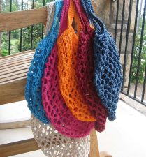 Crochet Grocery Bag - free pattern - http://www.ravelry.com/patterns/library/crochet-grocery-bag