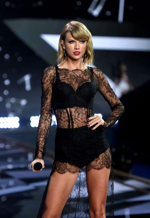 Taylor Swift performing at the Victoria's Secret Fashion Show. #Style