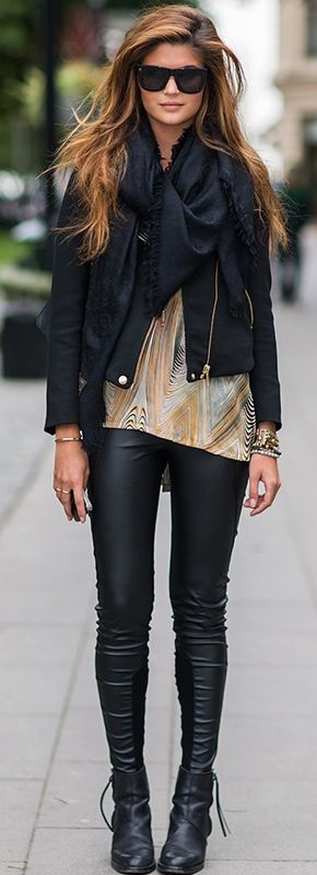 her hair, style, and Leather pants