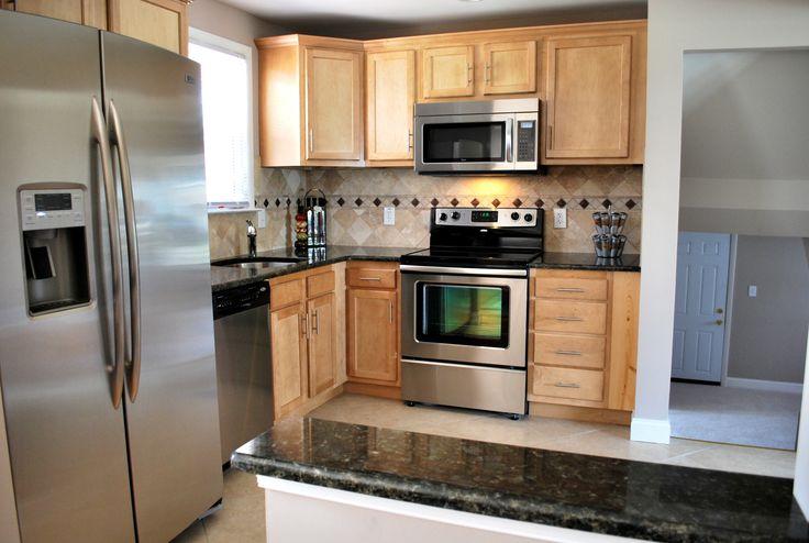 Light maple cabinets with dark granite | Kitchen Design ... on Light Maple Cabinets With White Countertops  id=98676