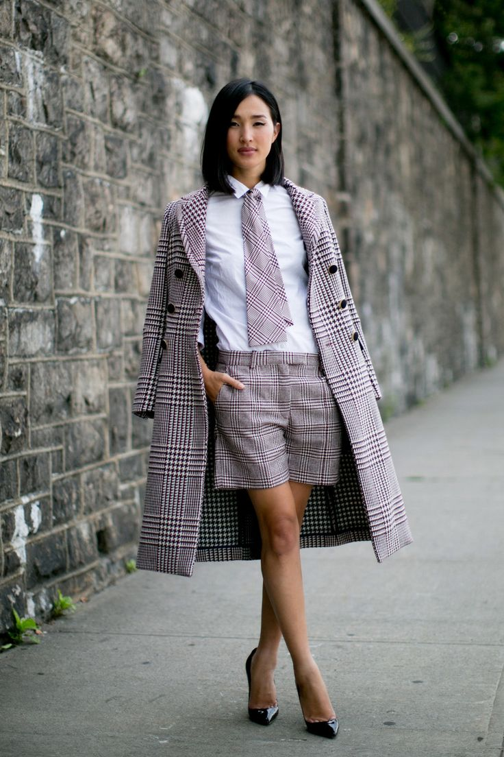 Nicole Warne of The Gary Pepper Girl // checkered short suit