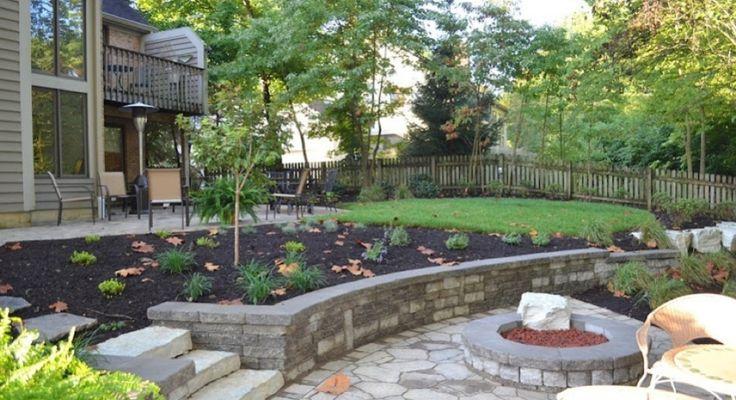 Landscaping A Sloped Backyard Ideas - Ztil News on Sloped Backyard Design id=73777